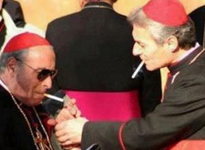 Kurenie v vatikane